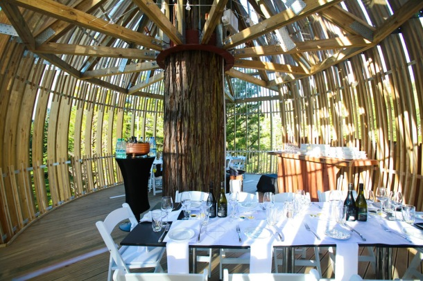 Virginia_Duran_Blog_Treehouse_Restaurant_Interior