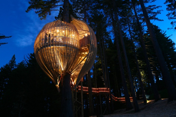 Virginia_Duran_Blog_Treehouse_Restaurant_Night
