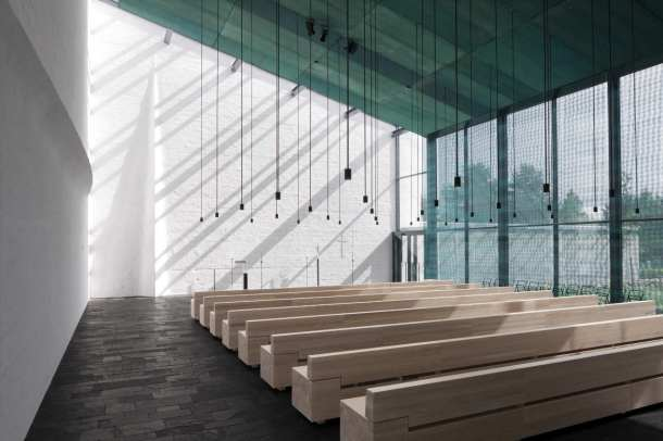 Virginia_Duran_Blog_Chapel of St-Lawrence _Avanto_Architects_Interior