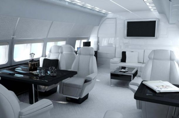 Virginia Duran Blog_ Amazing - Aircraft-Interior-Design-Versace-Tag-5