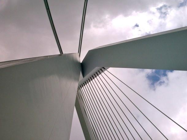 Virginia Duran Blog_Erasmus Bridge Rotterdam Cable Detail