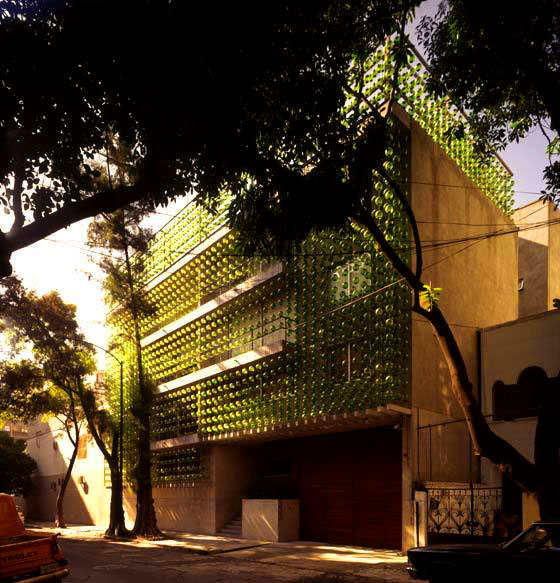 Virginia Duran Blog- Unusual Facades- Hesiodo hierve Diseñeria