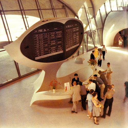 Virginia Duran Blog- Amazing Airports- RETRO JFK Airport New York 1964 - actionlog flickr
