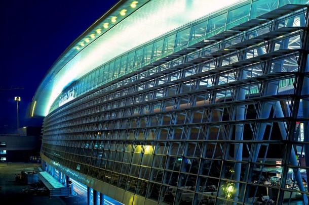 Virginia Duran Blog- Amazing Airports- Zurich by Grimshaw Architects