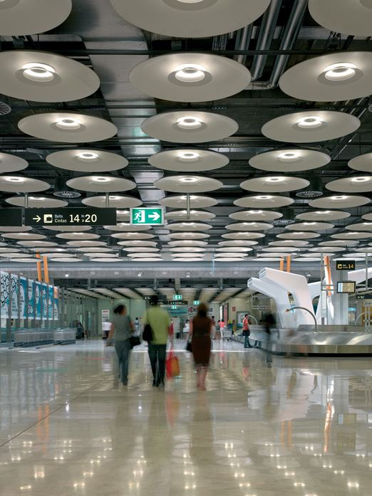 Virginia Duran Blog- Richard Rogers + Estudio Lamela- Baggage Claim