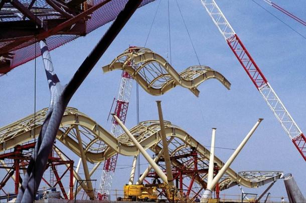 Virginia Duran Blog- Richard Rogers + Estudio Lamela- Madrid Airport- Construction-Beams