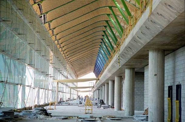 Virginia Duran Blog- Richard Rogers + Estudio Lamela- Madrid Airport- Construction- Interior