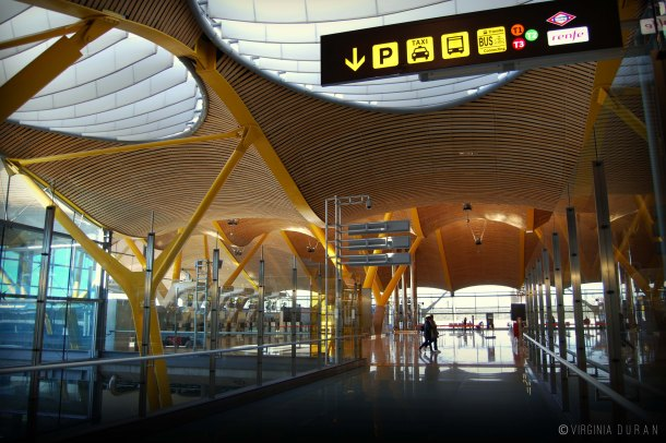Virginia Duran Blog- Richard Rogers + Estudio Lamela- Madrid Airport- Interior Detail