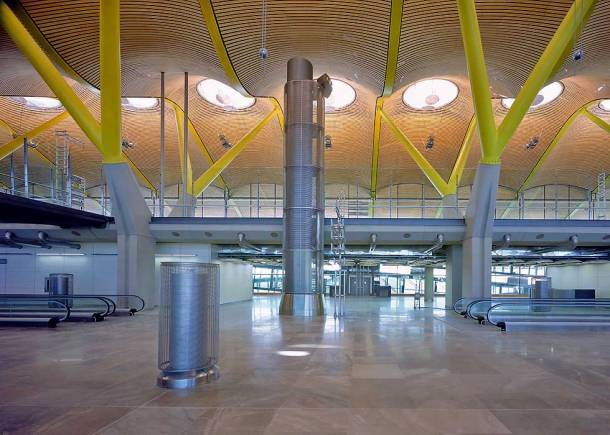 Virginia Duran Blog- Richard Rogers + Estudio Lamela- Madrid Airport- Interior
