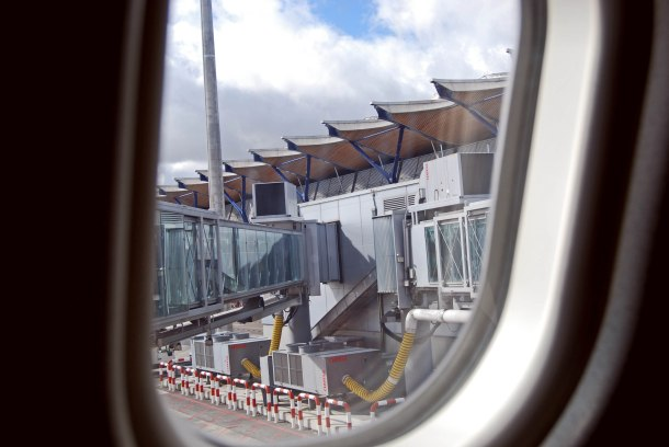 Virginia Duran Blog- Richard Rogers + Estudio Lamela- Madrid Airport- Plane Window