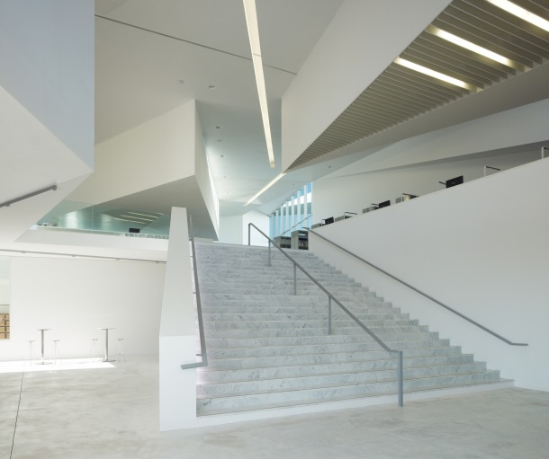 Virginia Duran Blog- Amazing Libraries-Library in Anzin Dominique Coulon + Associes Interior