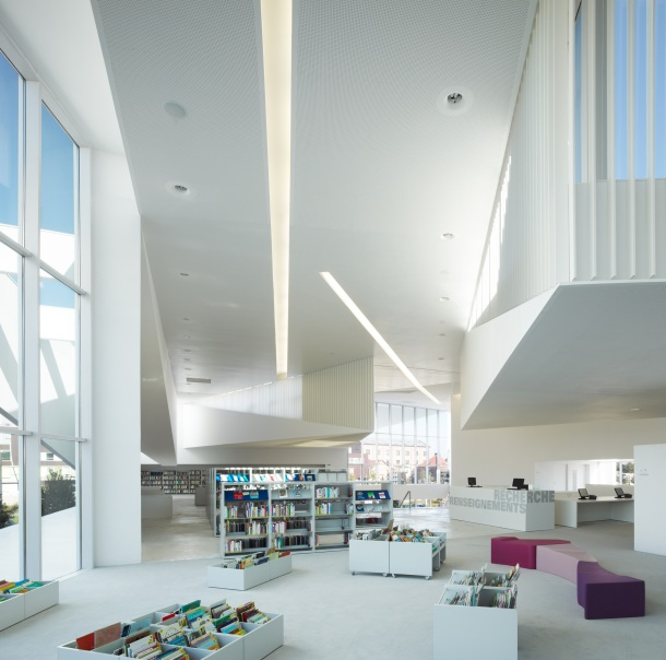 Virginia Duran Blog- Amazing Libraries-Library in Anzin Dominique Coulon + Associes Interior2