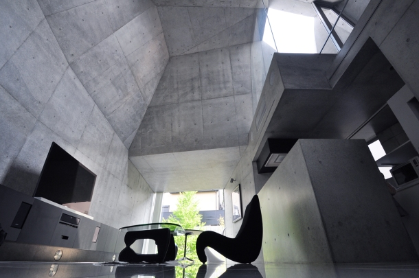 Virginia Duran Blog- Naked Architecture- House in Abiko by Fuse Atelier Interior