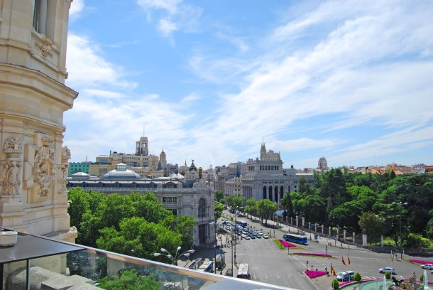 Virginia Duran Blog- Best  Rooftops of Madrid- Terraza Cibeles Skyline