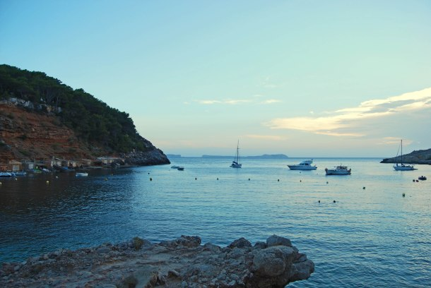 Virginia Duran Blog- The Best 15 Panoramas of Ibiza- Cala Salada Sunset