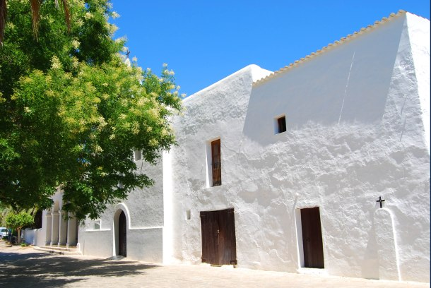 Virginia Duran Blog- The Best 15 Panoramas of Ibiza- Iglesia de Jesus Church