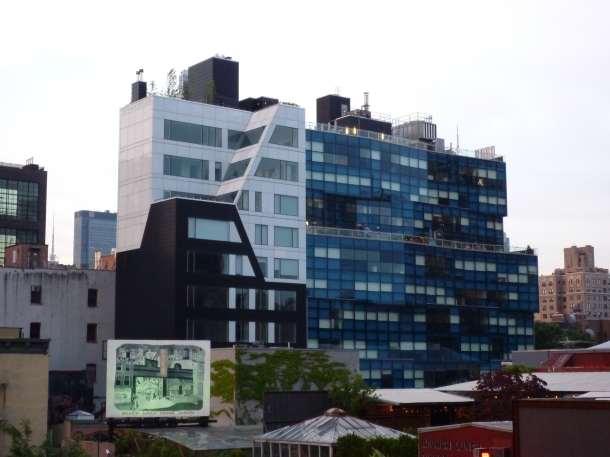 Virginia Duran Blog- Amazing Buildings You Shouldn't Miss Around The High Line- 459 West 18th Street by Della Valle + Bernheimer Night New York