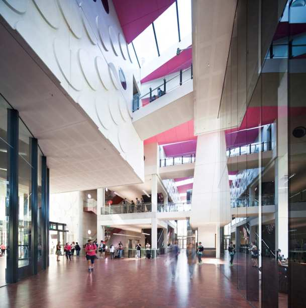 Virginia Duran Blog- Architecture and Education - The Swinburne University of Technology by H2O