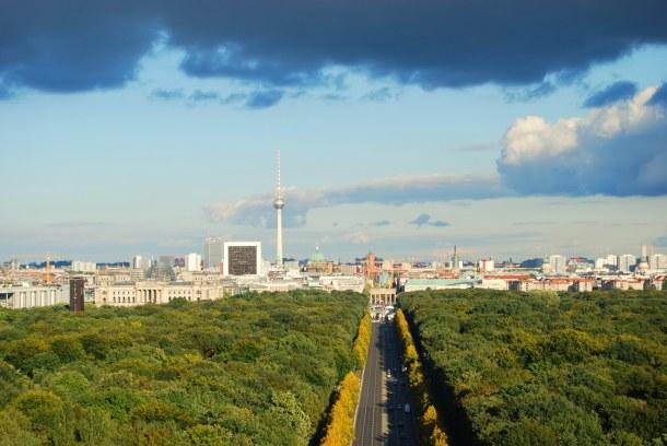 Virginia Duran Blog - Top Rooftops of Berlin - Berlin Victory Column by Heinrich Strack views of Brandenburger Tor