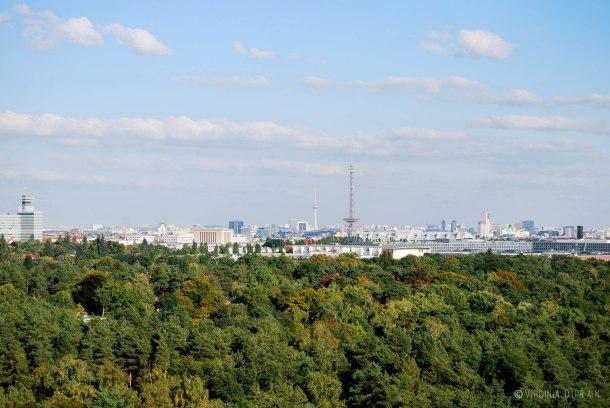 Virginia Duran Blog - Top Rooftops of Berlin - Teufelsberg Abhörstation Skyline