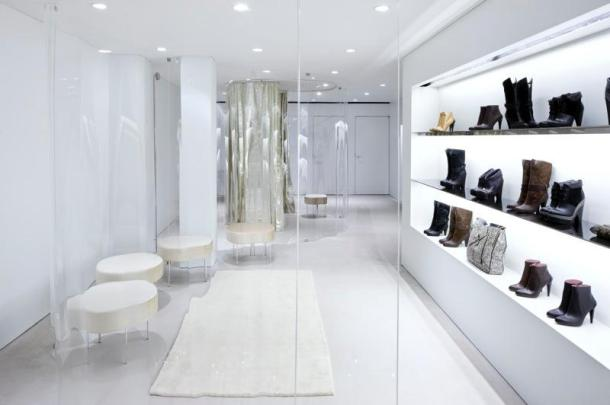 Virginia Duran Blog- 20 Amazing Fashion Stores Designed by Famous Architects- Derek Lam Store SANAA Interior