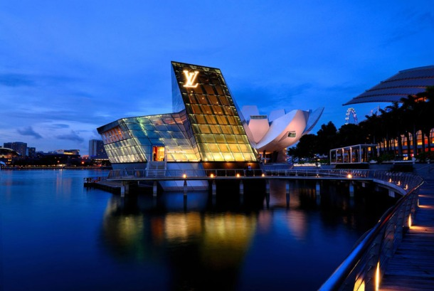 Virginia Duran Blog- 20 Amazing Fashion Stores Designed by Famous Architects- Louis Vuitton Marina