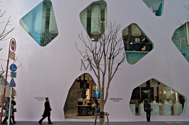 Virginia Duran Blog- 20 Amazing Fashion Stores Designed by Famous Architects- Mikimoto Ginza by Toyo Ito Access