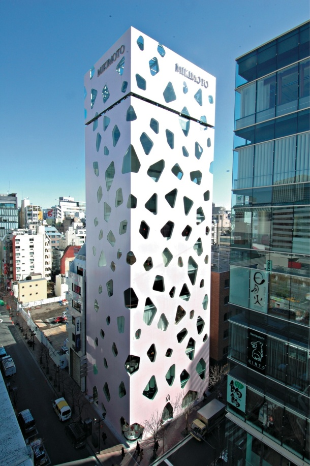 Virginia Duran Blog- 20 Amazing Fashion Stores Designed by Famous Architects- Mikimoto Ginza by Toyo Ito