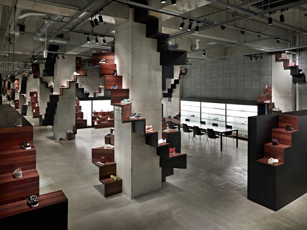 Virginia Duran Blog- 20 Amazing Fashion Stores Designed by Famous Architects- Puma House by Nendo