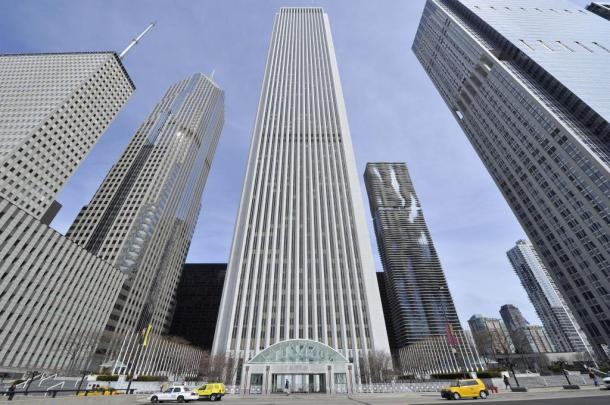 Virginia Duran Blog- Chicago Best Buildings for Architects - Aon Center by Edward Durell Stone and Perkins and Will