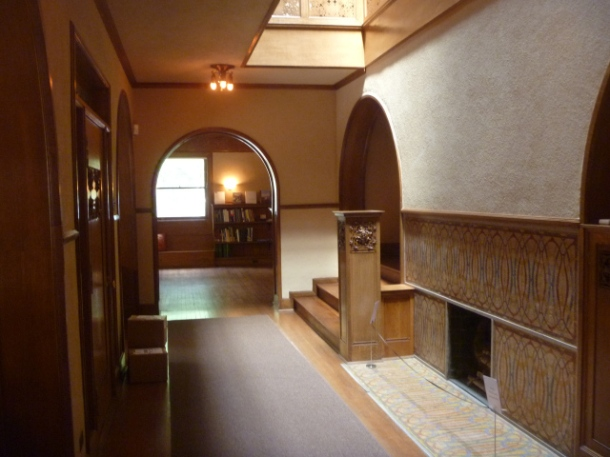 Virginia Duran Blog- Chicago Best Buildings for Architects - Charnley-Persky House by Frank Lloyd Wright and Sullivan Interior