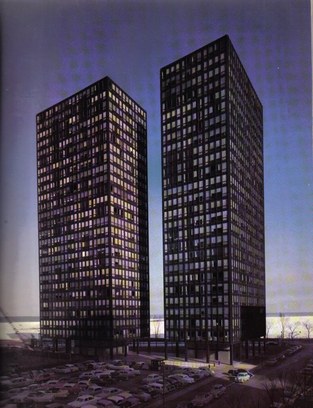 Virginia Duran Blog- Chicago Best Buildings for Architects - Lake Shore Drive Apartments by Mies van der Rohe