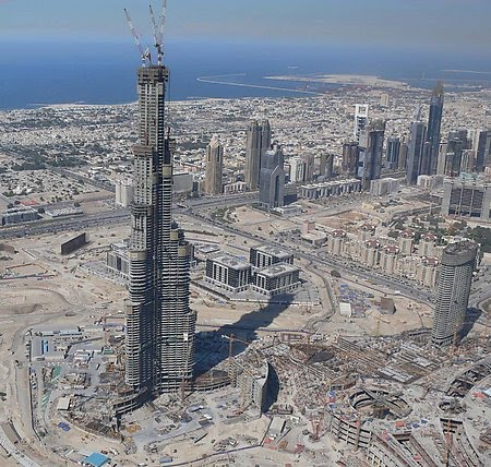 Virginia Duran Blog- Photography 10 Great Buildings Under Construction- Burj Khalifa