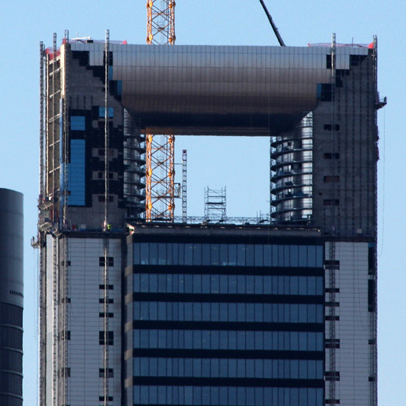 Virginia Duran Blog- Photography 10 Great Buildings Under Construction- Caja Madrid Tower Foster and Partners 2