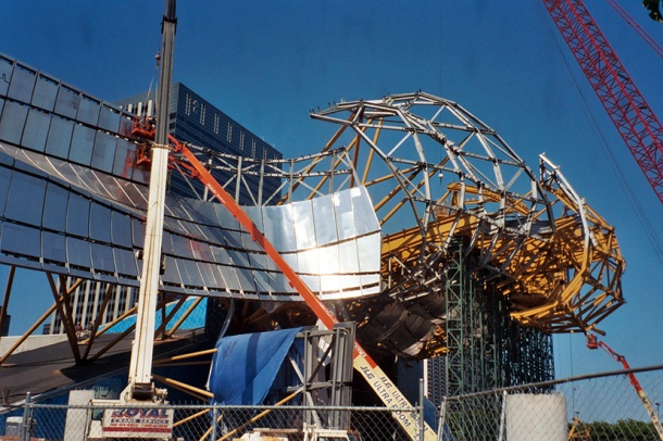 Virginia Duran Blog- Photography 10 Great Buildings Under Construction- Pritzker Pavilion by Frank Gehry 1