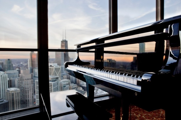 Virginia Duran Blog- Chicago Best Skyline Views- Lake Point Tower Restaurant