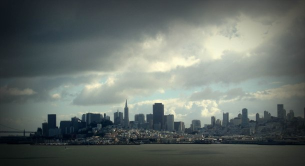 Virginia Duran Blog- 10 Sites To Take The Best Skyline Pictures in San Francisco- Alcatraz