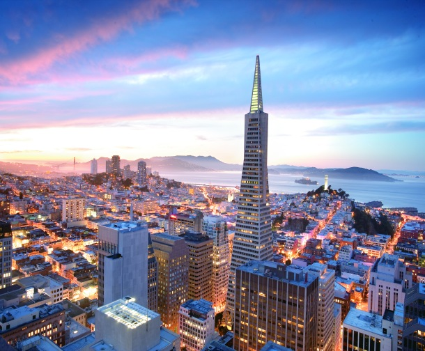 Virginia Duran Blog- 10 Sites To Take The Best Skyline Pictures in San Francisco- Mandarin Oriental at dusk