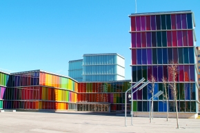 12 Amazingly Colorful Buildings
