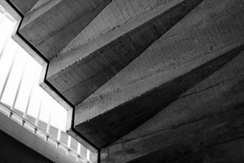 Virginia Duran Blog- La corona de Espinas IPC (Instituto Patrimonio Cultural) by Fernando Higueras- Detalle de la escalera