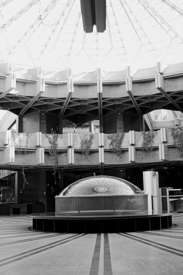 Virginia Duran Blog- La corona de Espinas IPC (Instituto Patrimonio Cultural) by Fernando Higueras- Lobby