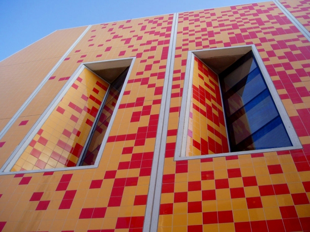 virginia-duran-blog-23-spots-you-shouldnt-miss-in-miami-if-you-love-architecture-paul-l-cejas-school-of-architecture-building-by-bernard-tschumi-detail1