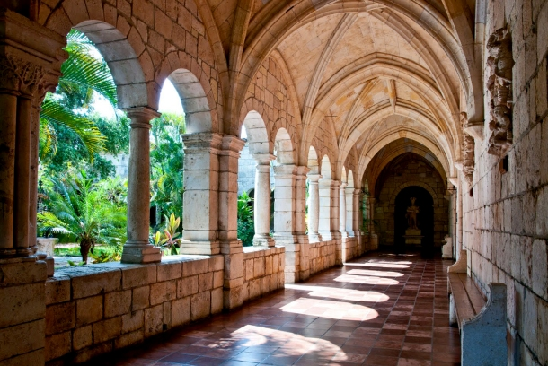 Virginia Duran Blog- 23 Spots You Shouldn't Miss in Miami If You Love Architecture- The Ancient Spanish Monastery-cloister