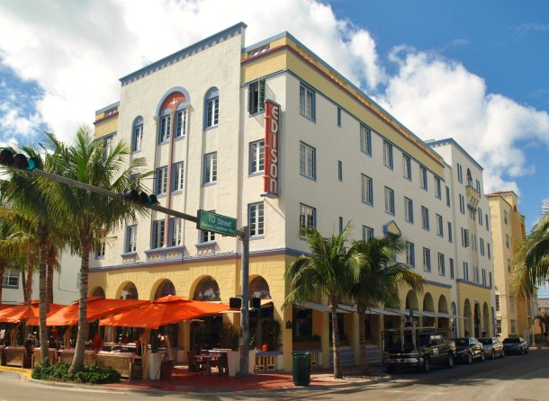 Virginia Duran Blog- Miami- The Best Art Deco Architecture- Edison Hotel by Henry Hohauser