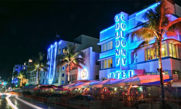 Virginia Duran Blog- Miami- The Best Art Deco Architecture- The Colony Hotel by H Hohauser