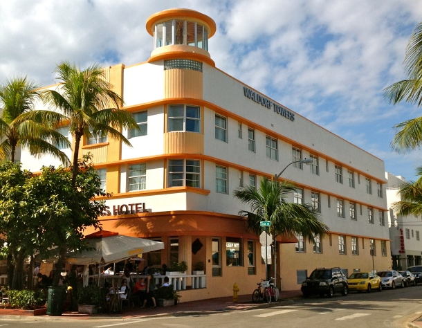 Virginia Duran Blog- Miami- The Best Art Deco Architecture- Waldorf Towers Hotel by Albert Anis