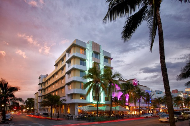 Virginia Duran Blog- Miami- The Best Art Deco Architecture- Winter Haven Hotel by Albert Anis