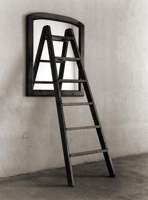 Virginia Duran Blog- Surreal Photography- Chema Madoz- Escalera