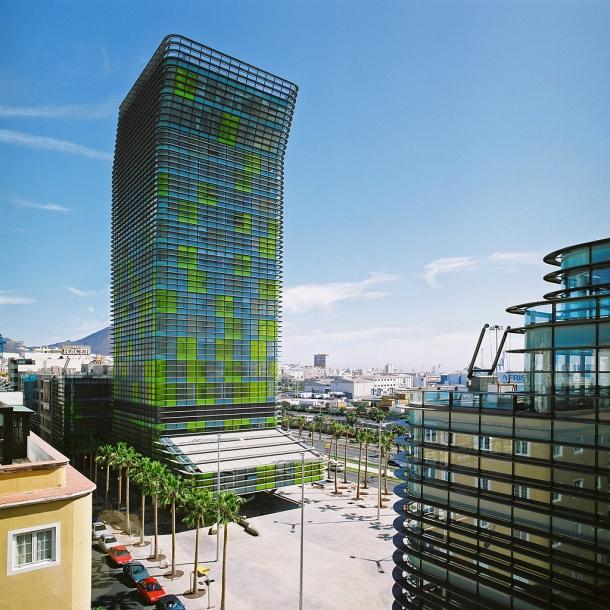 Virginia Duran Blog- Spanish Architecture- Las Palmas- Plaza y Torre Woermann, Las Palmas de Gran Canaria - Abalos y Herreros-