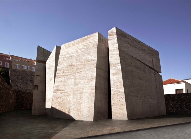 Virginia Duran Blog- Spanish Architecture- Santa Cruz de Tenerife- Iglesia del Santísimo Redentor by Menis Arquitectos